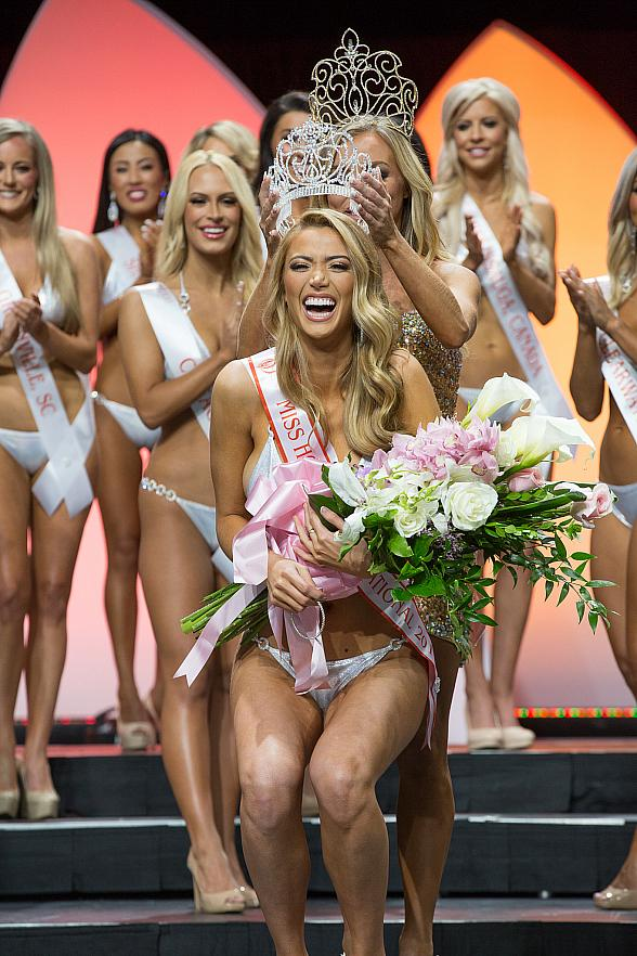 Chelsea Morgensen Crowned 2017 Miss Hooters International at 21st Annual Hooters International Swimsuit Pageant held at Palms Casino Resort in Las Vegas