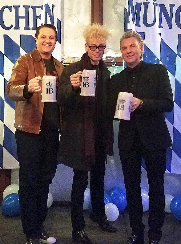 MURRAY The Magician Rings in the New Year German Style at Hofbrauhaus Las Vegas
