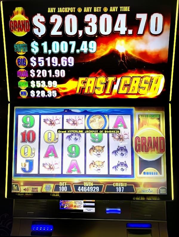 98 Year Old Wins More Than $40K Jackpot at Rampart Casino