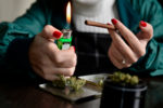 Marijuana,Weed,Young,Woman,Life,Style,Roll,Joint,Blunt,Cigarrette