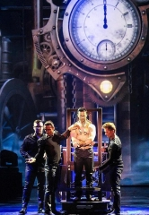 "Grand Illusionist David Goldrake Celebrates the Season with Special Holiday-Themed Shows of ""Imaginarium"" at Tropicana Las Vegas"