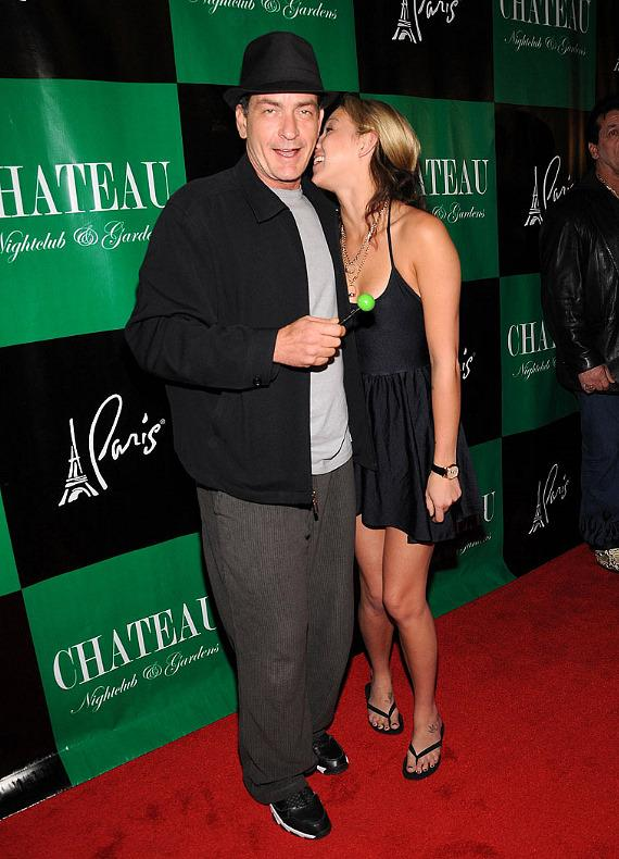 Charlie Sheen and Natalie Kenly arrive at Chateau Nightclub & Gardens at Paris Las Vegas