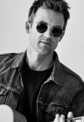 """One Tree Hill"" star Tyler Hilton Brings the ""City on Fire Tour"" to B Side at House of Blues Las Vegas Aug. 25"