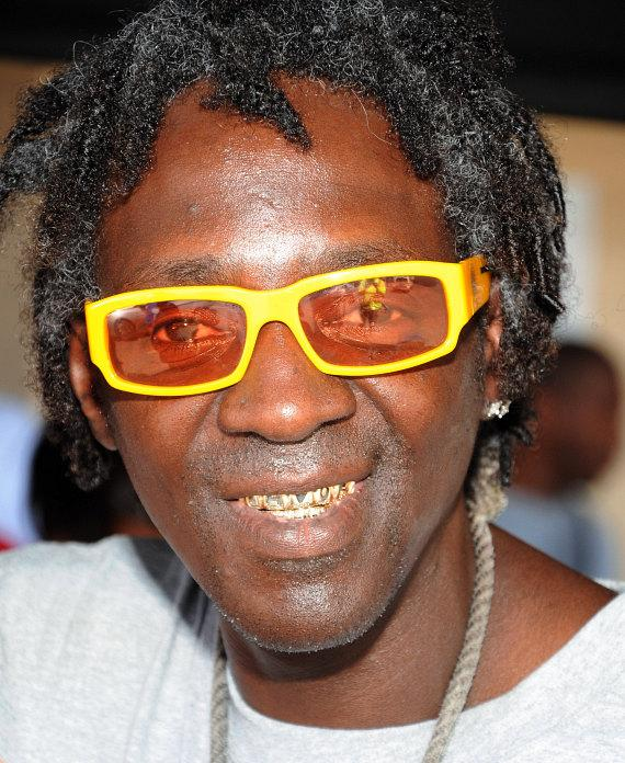 """Flavor Flav Hosts Block Party for """"House Of Flavor"""" BBQ Restaurant"""