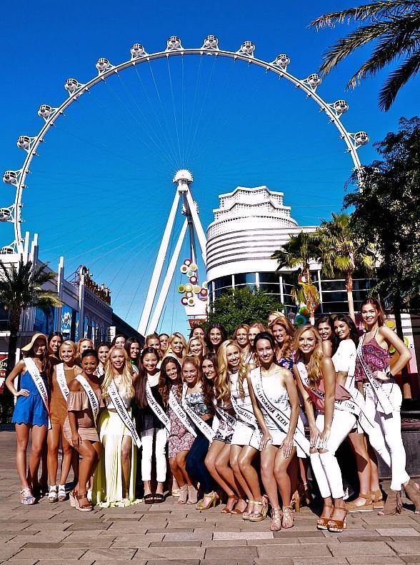 48 Miss Teen USA Contestants Visit the High Roller, World's Tallest Observation Wheel