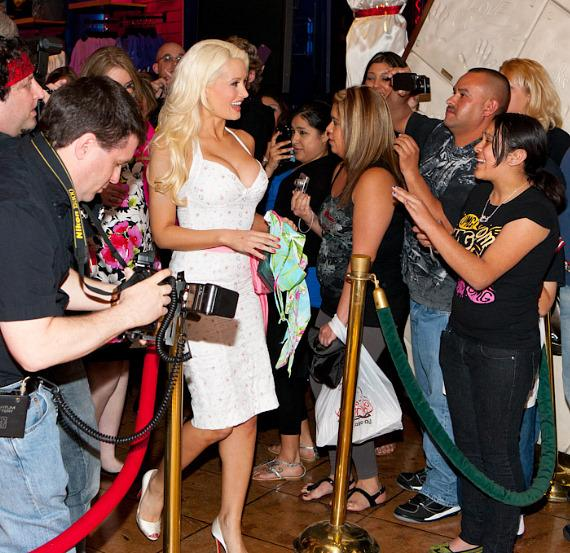 Holly Madison Immortalized in Cement at Planet Hollywood Restaurant