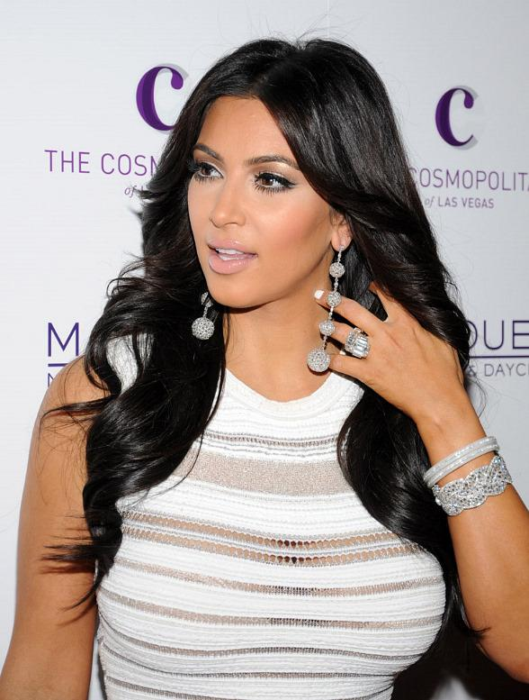 Kim Kardashian Celebrates 31st Birthday with Family at Marquee Nightclub in Las Vegas