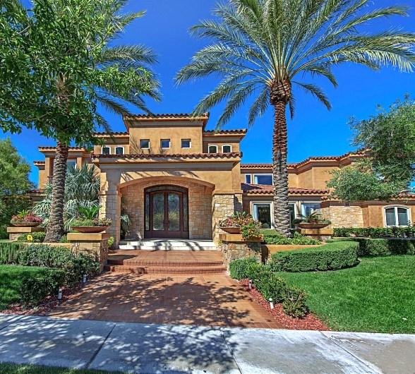 "Former Heavyweight Boxing Champ ""Iron Mike"" Tyson Purchases Las Vegas Luxury Home"
