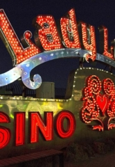 "Neon Museum Brings Broken Signs Back to Life with ""Brilliant!"" – a New, Nighttime Immersive Experience"