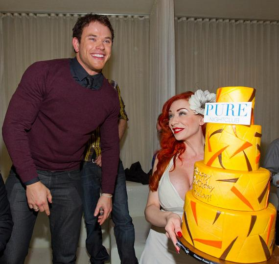 Twilight Star Kellan Lutz celebrates 26th birthday at PURE Nightclub