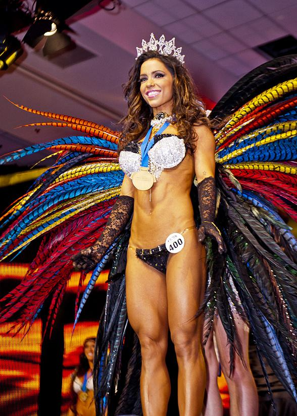 2013 WBFF Diva Fitness Model World Champion Andreia Brazier