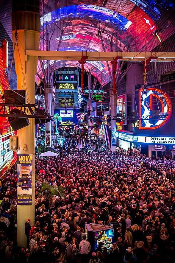 Fremont Street Experience Seeks New Hires for Select Positions at Job Fair, May 22