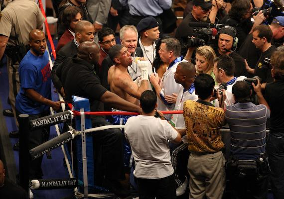 Winky Wright in his corner after fight