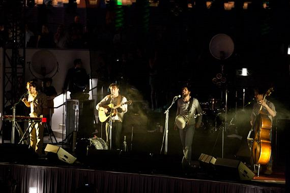 Mumford & Sons perform at The Boulevard Pool at The Cosmopolitan of Las Vegas