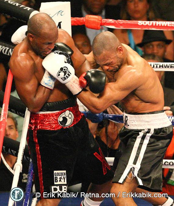 Photo gallery: Bernard Hopkins vs. Roy Jones Jr. at Mandalay Bay