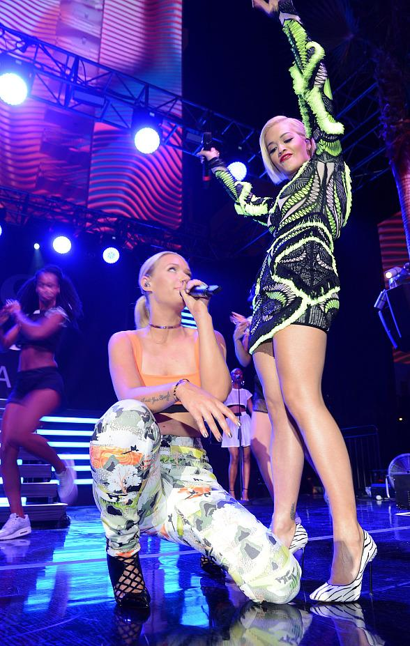 Iggy Azalea (L) and Rita Ora