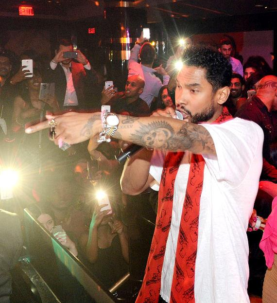 Miguel performs at 1 OAK Nightclub at the Mirage on March 13, 2015 in Las Vegas, Nevada