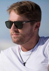 ACM Male Vocalist of the Year Brett Young to Perform at Mandalay Bay Beach August 17
