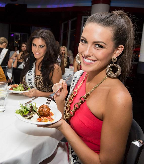 Miss USA contestants dine at Martorano's Restaurant in Las Vegas