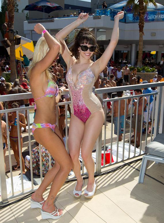Claire Sinclair at Ditch Fridays at The Palms Pool & Bungalows