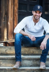 Rising Country Star Tyler Rich to Perform at Red Rock Resort Las Vegas April 13, 2018