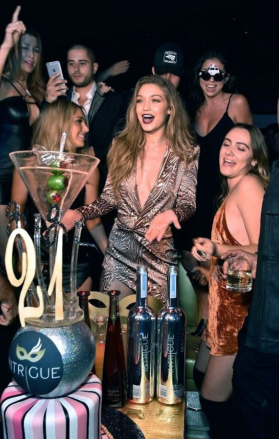Model Gigi Hadid (C) celebrates her 21st birthday with friends at Intrigue Nightclub at Wynn Las Vegas on April 30, 2016 in Las Vegas, Nevada