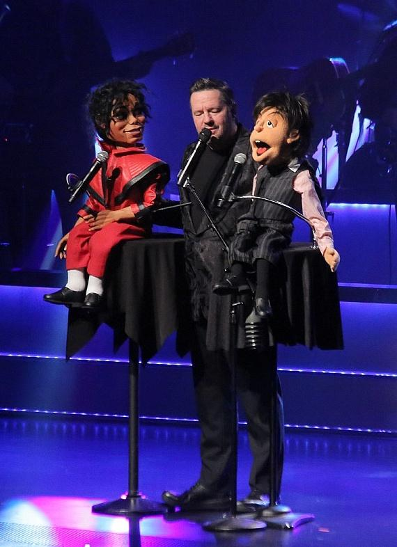 "Michael Jackson and Paul McCartney join the cast of ""Terry Fator Tonight"""
