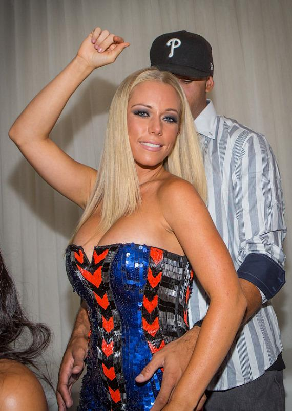 Kendra Wilkinson-Baskett and Hank Baskett dance in private booth at PURE Nightclub
