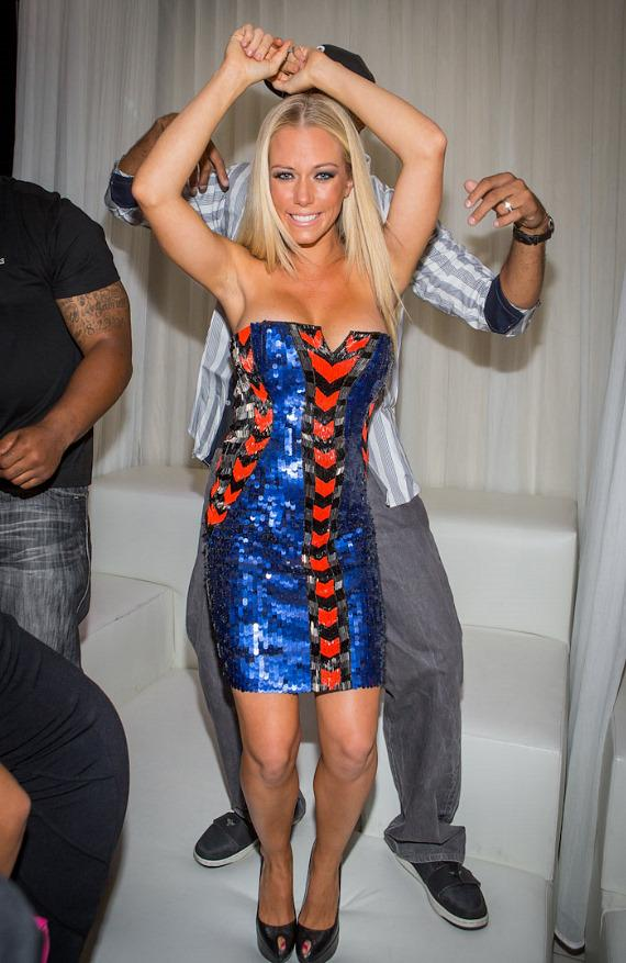 Kendra Wilkinson-Baskett dances in private booth at PURE Nightclub