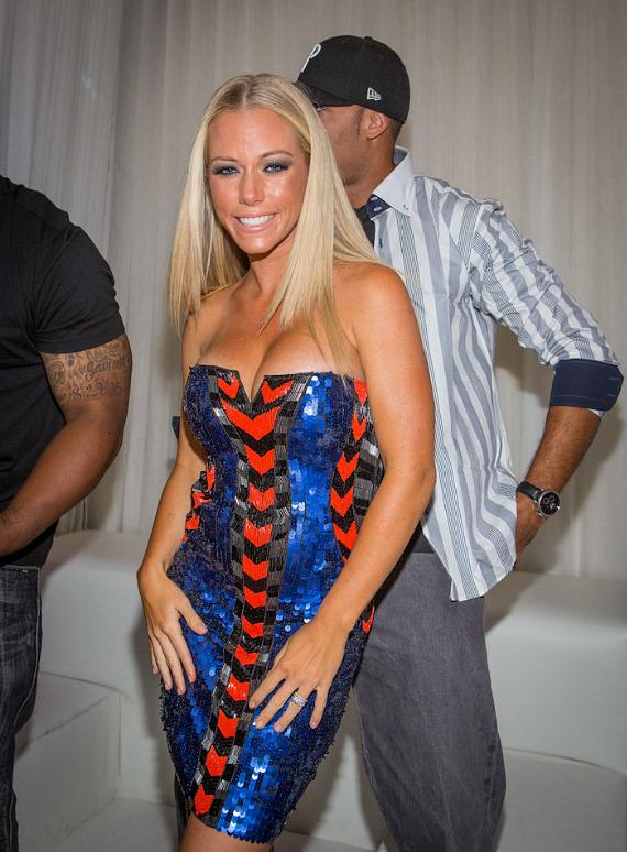 Kendra Wilkinson-Baskett and Hank Baskett in private booth at PURE Nightclub