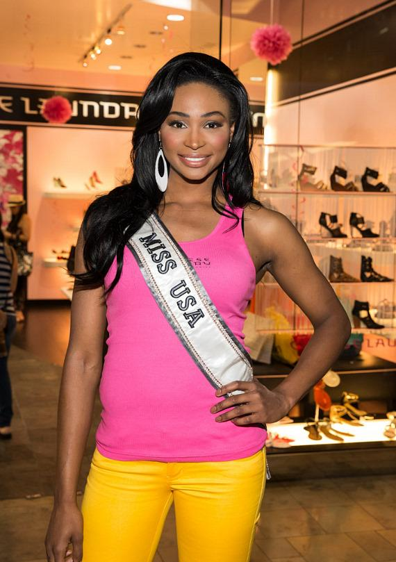 Miss USA Nana Meriwhether at Chinese Laundry in Fashion Show Mall