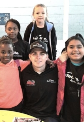 Safelite Autoglass and NASCAR Driver Noah Gragson Give Back to Boys & Girls Clubs of Southern Nevada