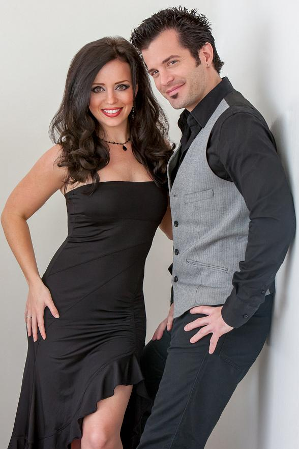 Illusionists Kyle Knight & Mistie to Perform on Tony Sacca's 'Las Vegas Rocks Variety Show' at Boulder Station Nov. 1