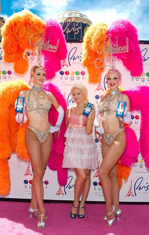 "Holly Madison and showgirls from ""Jubilee"" pose with Sugar Factory's ""Vegas"" Couture Pops"