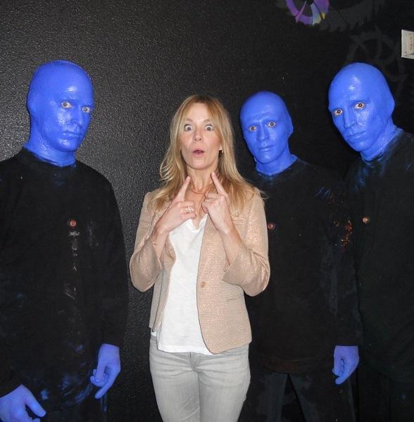 V ronic dicaire attends blue man group at monte carlo resort and casino - Blue man group box office ...