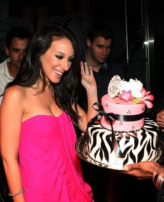 Haylie Duff with birthday cake at The Bank in The Bellagio (Photos courtesy of courtesy of Isaac Brekken/Wireimage)