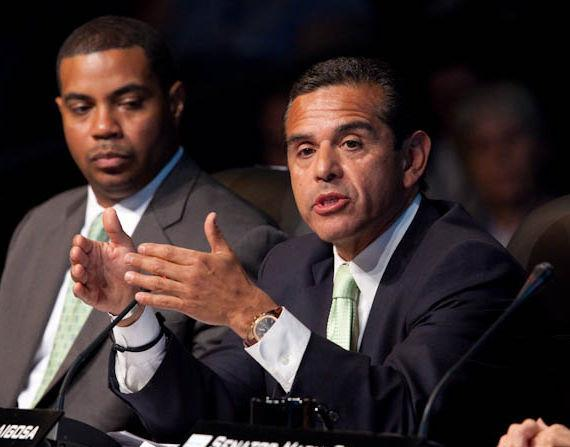 Mayor of Los Angeles Antonio Villaraigosa