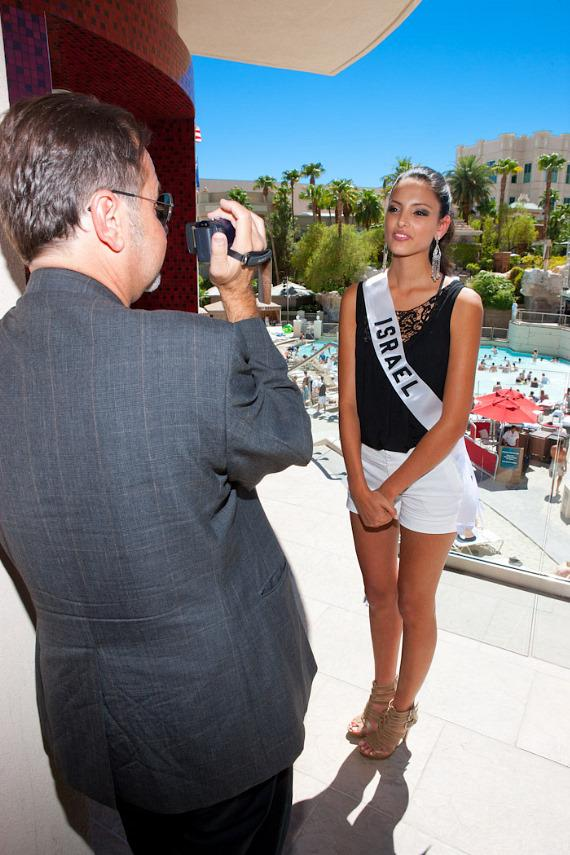 Richard Corey interviews Miss Israel Universe 2010 Bat-El Jobi at Mandalay Bay Beach
