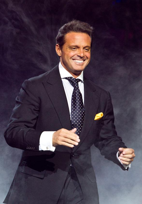 Luis Miguel Brings Latin Flare to Mandalay Bay Events Center September 12