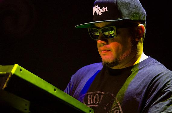 J Boog Performs a Sold Out Show at Brooklyn Bowl Las Vegas at The LINQ
