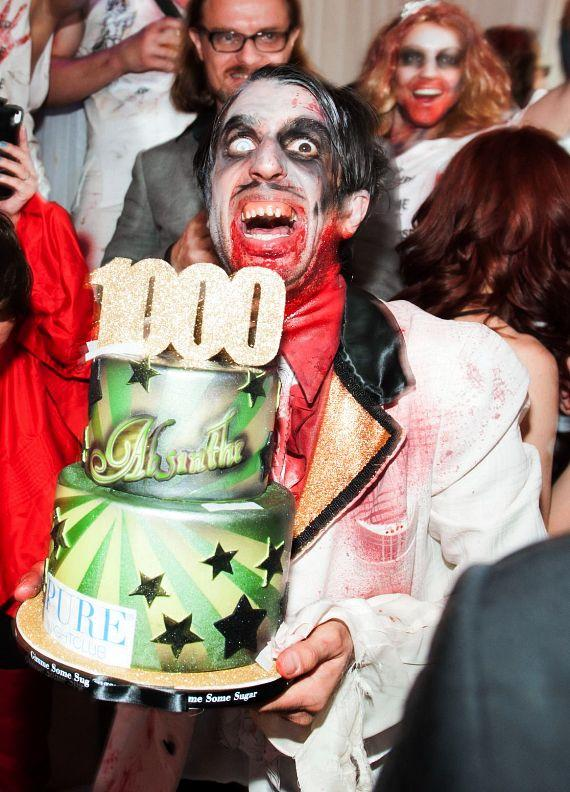 The Gazillionaire with 1000th Show Cake