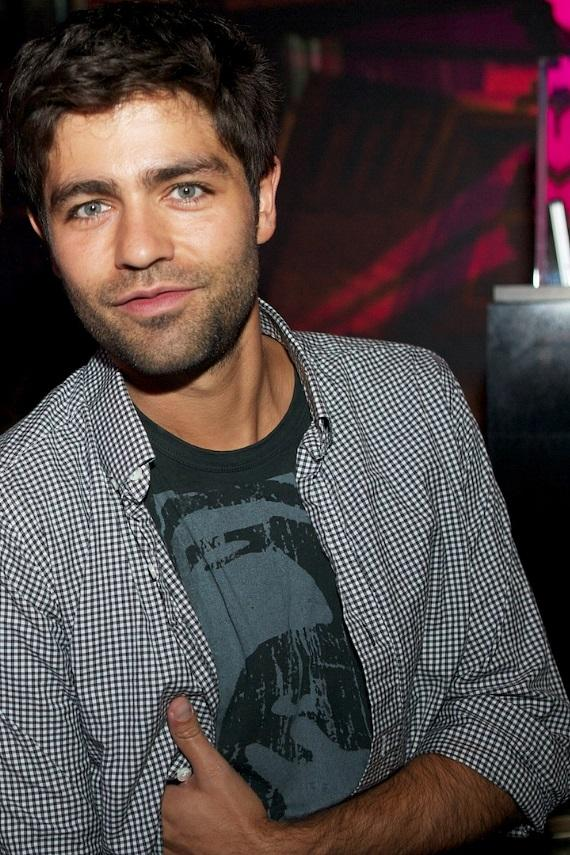 Adrian Grenier spends the evening partying at Gallery Nightclub in Las Vegas
