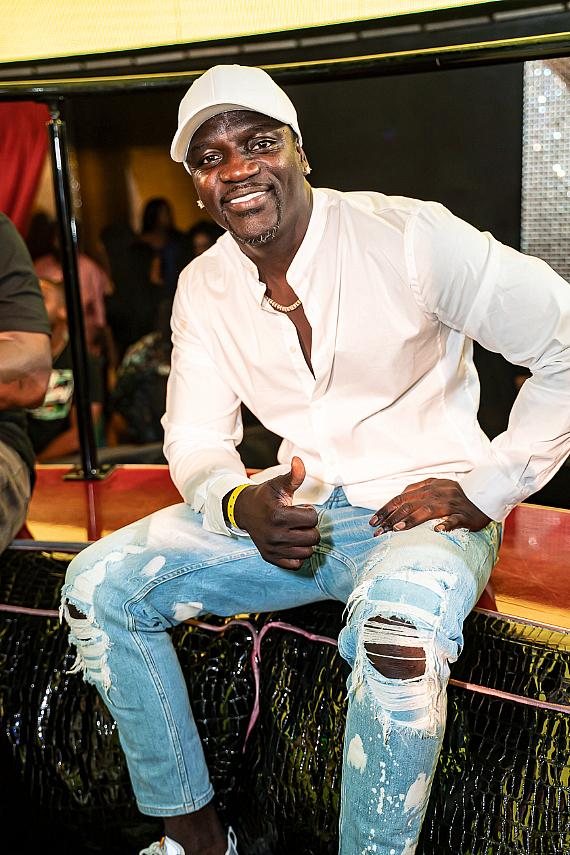 Akon at Drai's Nightclub