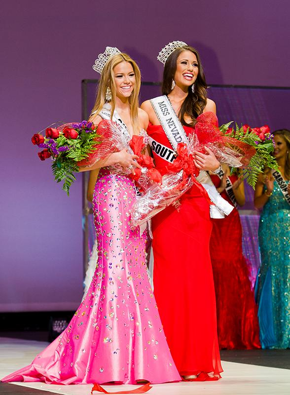 Alexa Tayler (Miss Nevada Teen USA 2014) & Nia Sanchez (Miss Nevada USA 2014)