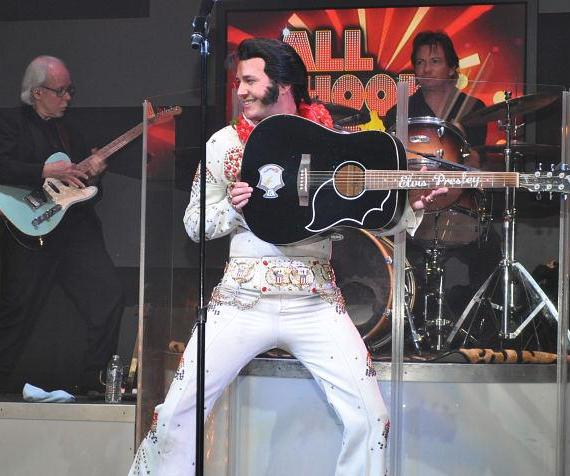 All Shook Up: A Tribute to the King celebrated its 1,000th performance On Wednesday, Oct. 26, 2016, performing to a packed house at V Theatre inside the Miracle Mile Shops at Planet Hollywood Resort & Casino.