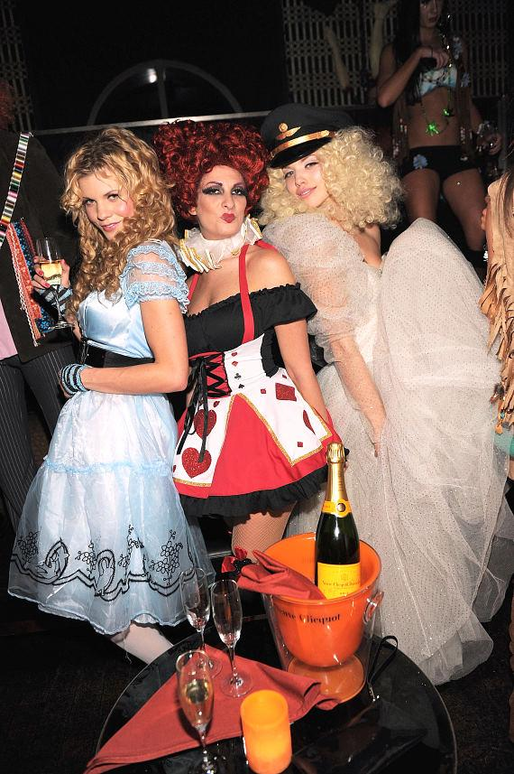 AnnaLynne McCord hosts Veuve Clicquot's Yelloween