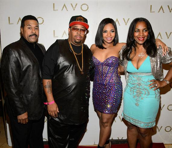 Ashanti and guests on Red Carpet at LAVO