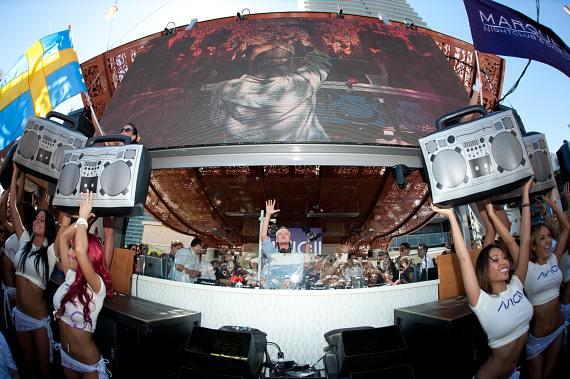 Avicii kicks off Second Season of Saturday Marquee Dayclub at The Cosmopolitan