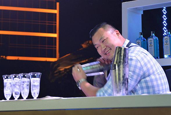 Bombay Sapphire MIB 2014 Winner: Boston's Ran Duan shaking up his winning drink