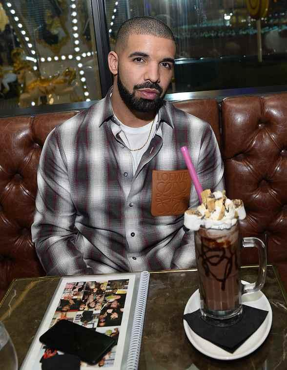 "Drake, Virginia Black Whiskey and Sugar Factory American Brasserie Debuts ""Night Owl"" Goblet at Fashion Show Mall in Las Vegas"
